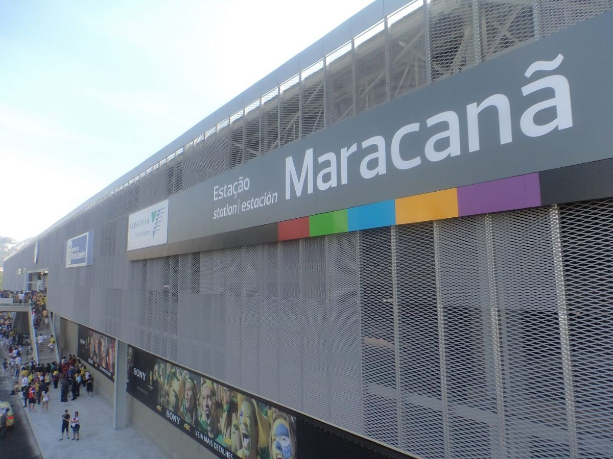 façade gare de Maracanã Fratelli Mariani